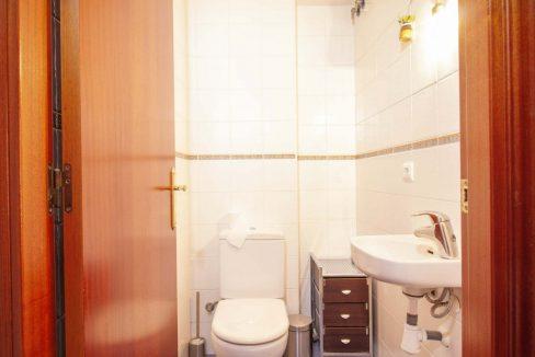 011-Toilet_m