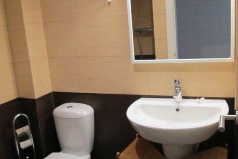 Bathroom 2-1