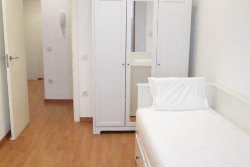 Room 2-2
