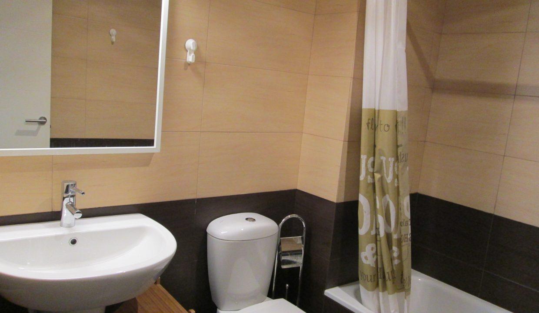 bathroom 1-2